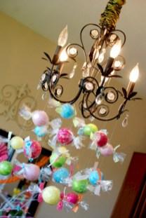 Adorable christmas chandelier decoration ideas 36