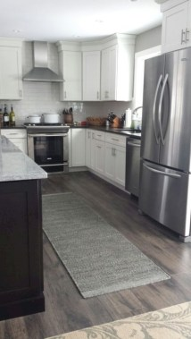 Adorable grey and white kitchens design ideas 21