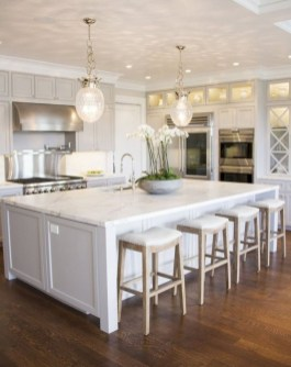 Adorable grey and white kitchens design ideas 33