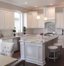 Adorable grey and white kitchens design ideas 36