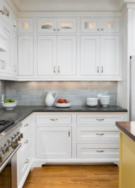 Adorable grey and white kitchens design ideas 39