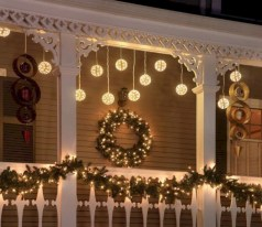 Awesome christmas decoration ideas for your balcony 13
