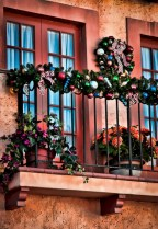 Awesome christmas decoration ideas for your balcony 26