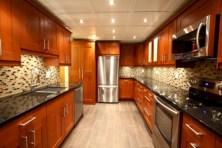 Bright and colorful kitchen design ideas 04