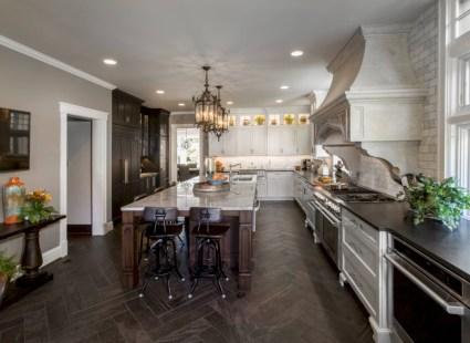Bright and colorful kitchen design ideas 10