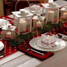 Charming winter centerpieces decoration ideas 07