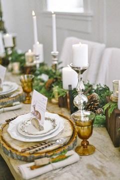 Charming winter centerpieces decoration ideas 24
