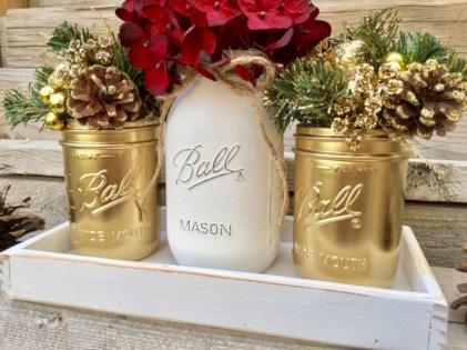 Charming winter centerpieces decoration ideas 31