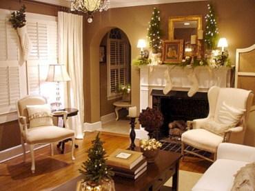 Cool christmas fireplace mantel decoration ideas 16