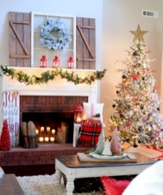 Cool christmas fireplace mantel decoration ideas 23