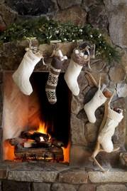 Cool christmas fireplace mantel decoration ideas 30