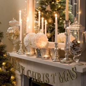 Cool christmas fireplace mantel decoration ideas 38