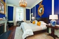Cozy bedrooms design ideas with brilliant accent walls 03
