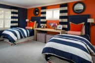 Cozy bedrooms design ideas with brilliant accent walls 05