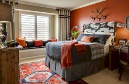Cozy bedrooms design ideas with brilliant accent walls 14
