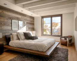 Cozy bedrooms design ideas with brilliant accent walls 29