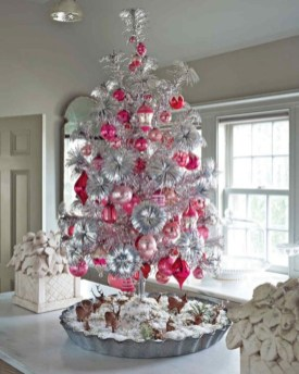 Creative christmas tree toppers ideas you should try 36