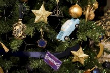 Inspiring christmas decoration ideas suitable for geek 10