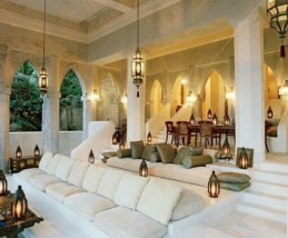 Relaxing moroccan living room decoration ideas 17