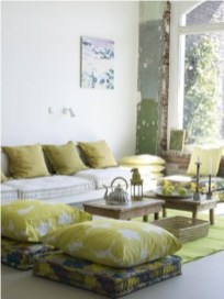 Relaxing moroccan living room decoration ideas 24