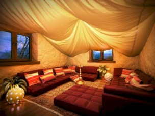 Relaxing moroccan living room decoration ideas 37