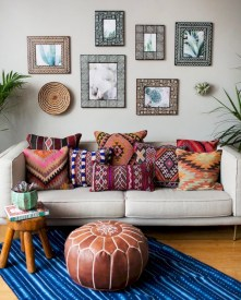 Relaxing moroccan living room decoration ideas 40