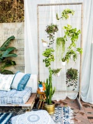 Stunning indoor plants ideas for your living room and bedroom 42