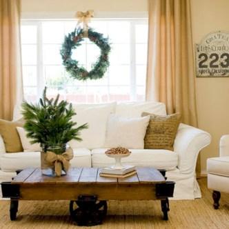 Stunning indoor rustic christmas decoration ideas 24
