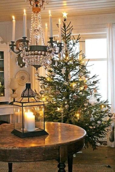 Stunning indoor rustic christmas decoration ideas 25
