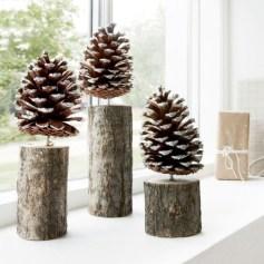 Stylish wood christmas decoration ideas 21