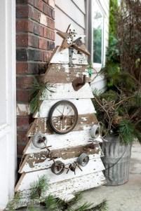 Stylish wood christmas decoration ideas 27
