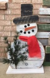 Stylish wood christmas decoration ideas 31