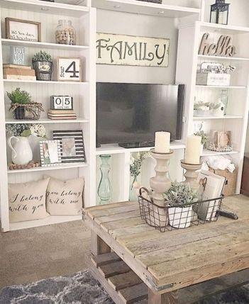 Attractive farmhouse wall decor inspirations ideas (44)