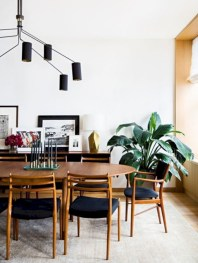 Awesome mid century modern dining room table decor ideas 46