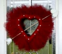 Awesome valentine wreaths ideas for your front door 03