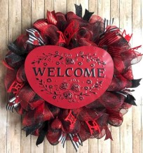 Awesome valentine wreaths ideas for your front door 16