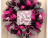 Awesome valentine wreaths ideas for your front door 35