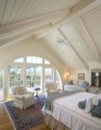 Beautiful farmhouse master bedroom decorating ideas 05