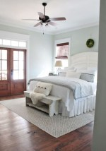 Beautiful farmhouse master bedroom decorating ideas 11