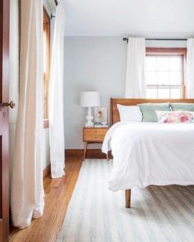 Beautiful farmhouse master bedroom decorating ideas 46