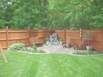Beautiful small garden design ideas on a budget (12)