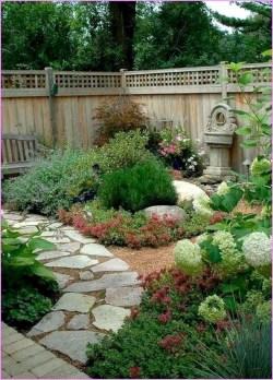 Beautiful small garden design ideas on a budget (30)