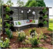 Beautiful small garden design ideas on a budget (31)