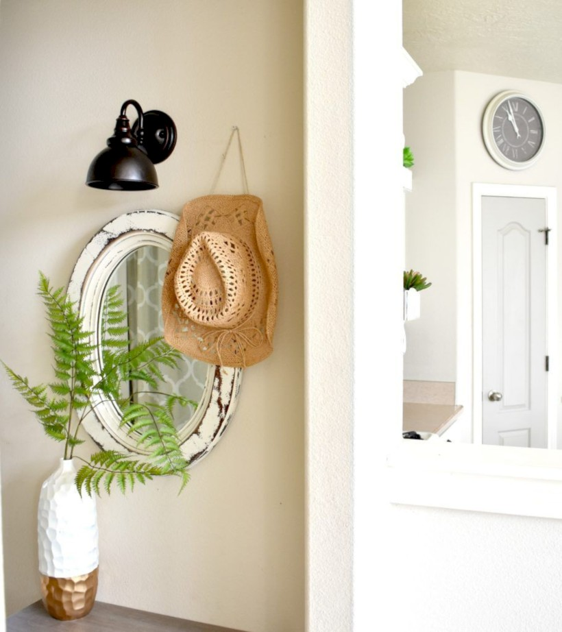 Best tips to makes farmhouse decoration style easily (41)