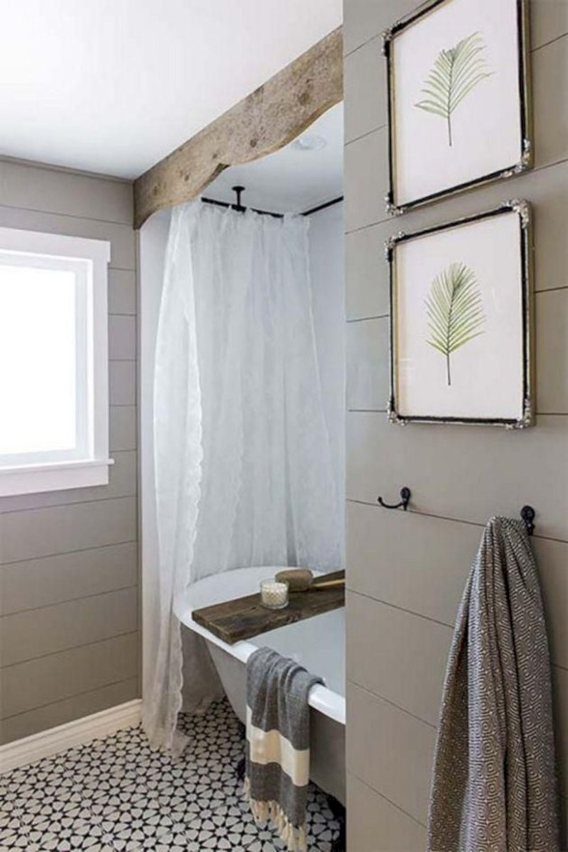 Captivating small farmhouse bathrooms decoration ideas (44)