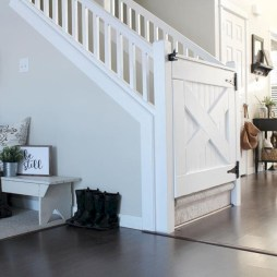 Catchy farmhouse rustic entryway decor ideas 12