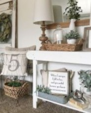Catchy farmhouse rustic entryway decor ideas 29
