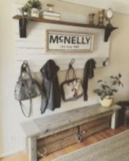 Catchy farmhouse rustic entryway decor ideas 32