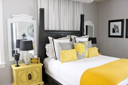 Comfy grey yellow bedrooms decorating ideas (19)