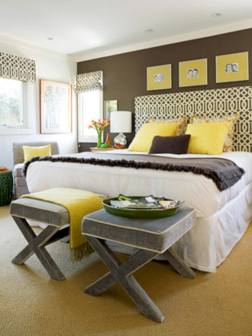 Comfy grey yellow bedrooms decorating ideas (3)